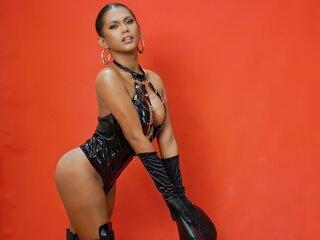 PaulinaEvans photos online show